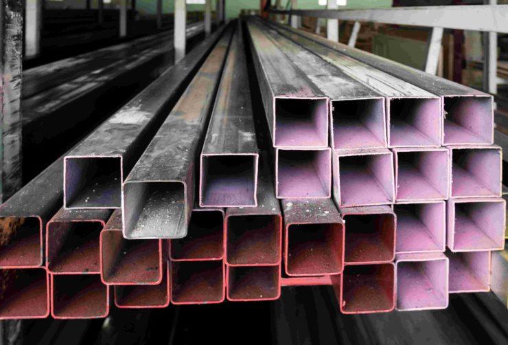 فرق استیل 304 و دیگر فلزات